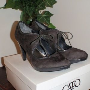 Cato gray faux suede/leather heels